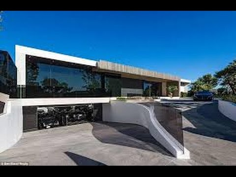 Drake vs Jay Z finest mansion who is the richest