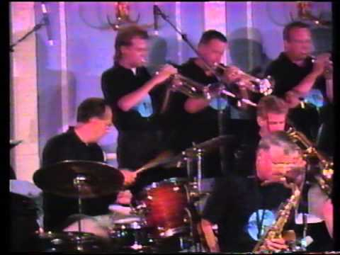 Jarmo Hoogendijk with the SKymasters Bigband