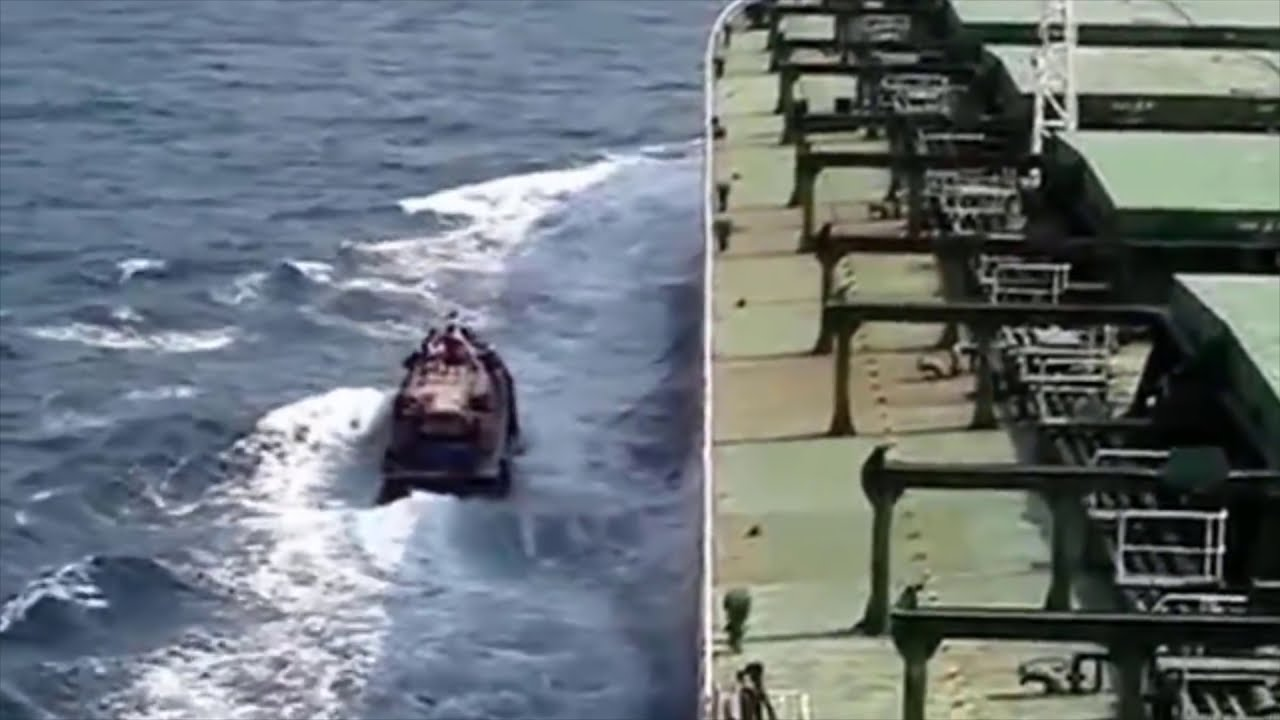 Download Somali pirates mess with the wrong ship