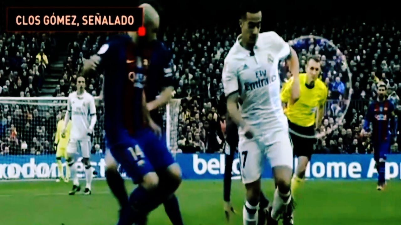 Real Madrid furious with Clasico referee Clos Gomez - YouTube