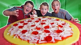DIY Giant Homemade Candy Pizza!