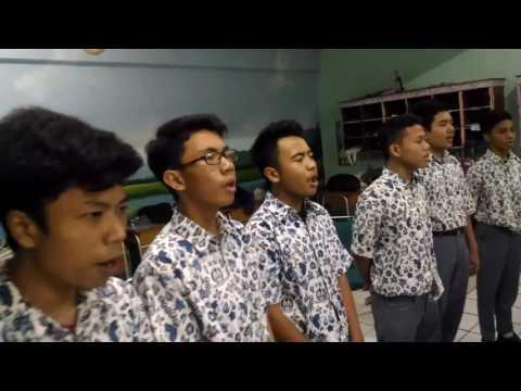 Paduan suara medley Lagu Daerah Nusantara