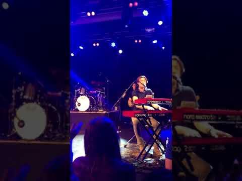 Crazy Beautiful - Hanson live