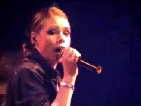 Billie Piper - I Dream (Live)