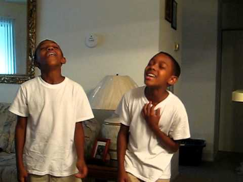 Darius and Demetrice sing I love you lord