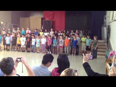 Emily 2nd grade singing in El Carmelo Elementary School