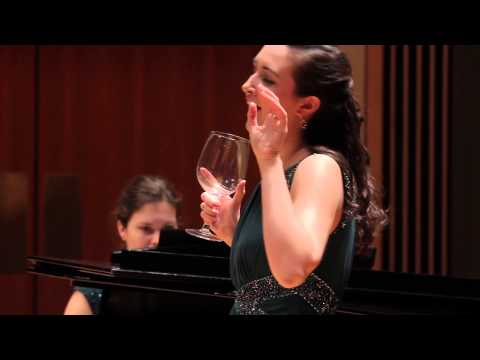 STRAUSS Schwipslied (from from Eine Nacht in Venedig) - Rebecca Vanover, soprano - March 2014