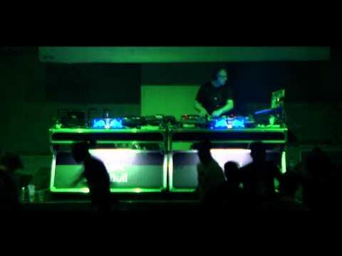 Dj Food & Cee-Roo & Dj Vinyl Touch Live In Athens (ΑΝΤΑΠΟΚΡΙΣΗ)