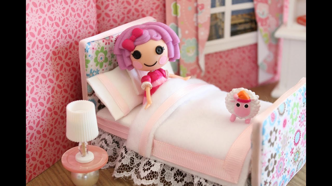 How to make a bed for a mini doll like lps and lalaloopsy youtube how to make a bed for a mini doll like lps and lalaloopsy ccuart Choice Image