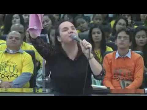 Testemunho da Pastora Erica Gomes - Congresso de Adolescentes em Abreu e Lima   PE