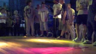 """""""Groove To Get Down Breakdance Contest 2011"""" Pescia- REPUBLIC SQUARE CREW"""