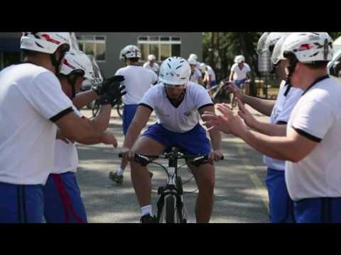 Policiais ciclistas vão escoltar a tocha olímpica
