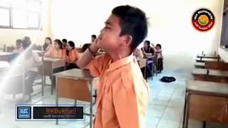 অত্যন্ত চমতকার একটি আযান হুবহু মক্কার আযানের মত ছোট্ট একটি স্কুল ছাত্র কি ভাবে সম্ভব