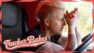 Achtung Vollsperrung! Der LKW-Funk bringt Jana zum Kochen! | Trucker Babes | kabel eins