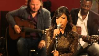 Repeat youtube video Indila - Tourner dans le vide (Live - Paris)