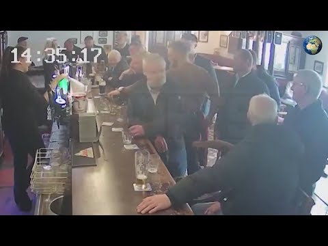 Конор Макгрегор ударил пенсионера в пабе в Ирландии