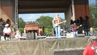"JJ Grey & Mofro - ""Georgia Warhorse"" - Wakarusa 2011 - Mulberry Mountain, AR"