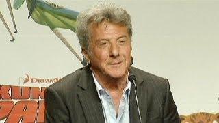 Dustin Hoffman operato per un cancro, sta bene