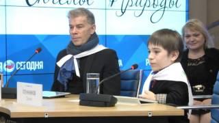 Олег Газманов и Даниил Плужников спели вместе Два орла