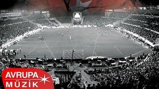 Çeşitli Sanatçılar - 2008 - 2009 Beşiktaş Şampiyonluk Marşları (Full Albüm)