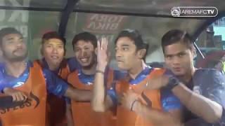 LUCU !! Aksi Kocak Pemain Arema FC