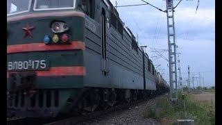 О буднях машинистов поездов и несчастных случаях на железной дороге.