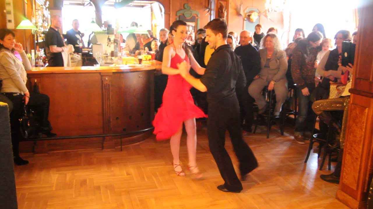 Katrin Sosnowski & Eric Noske 22 Final WOSP Kiel - YouTube