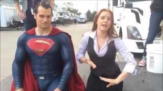 Henry Cavill & Amy Adams Ice bucket challenge (superman vs batman)