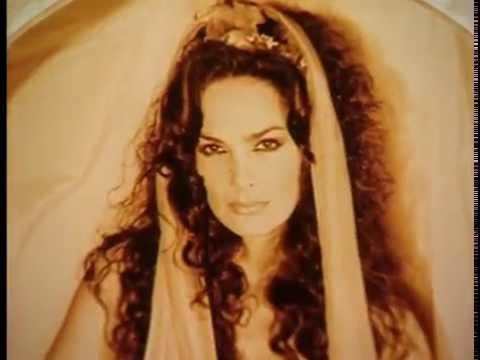 Heavy Metal 2000  Julie Strain: Supergoddess featurette