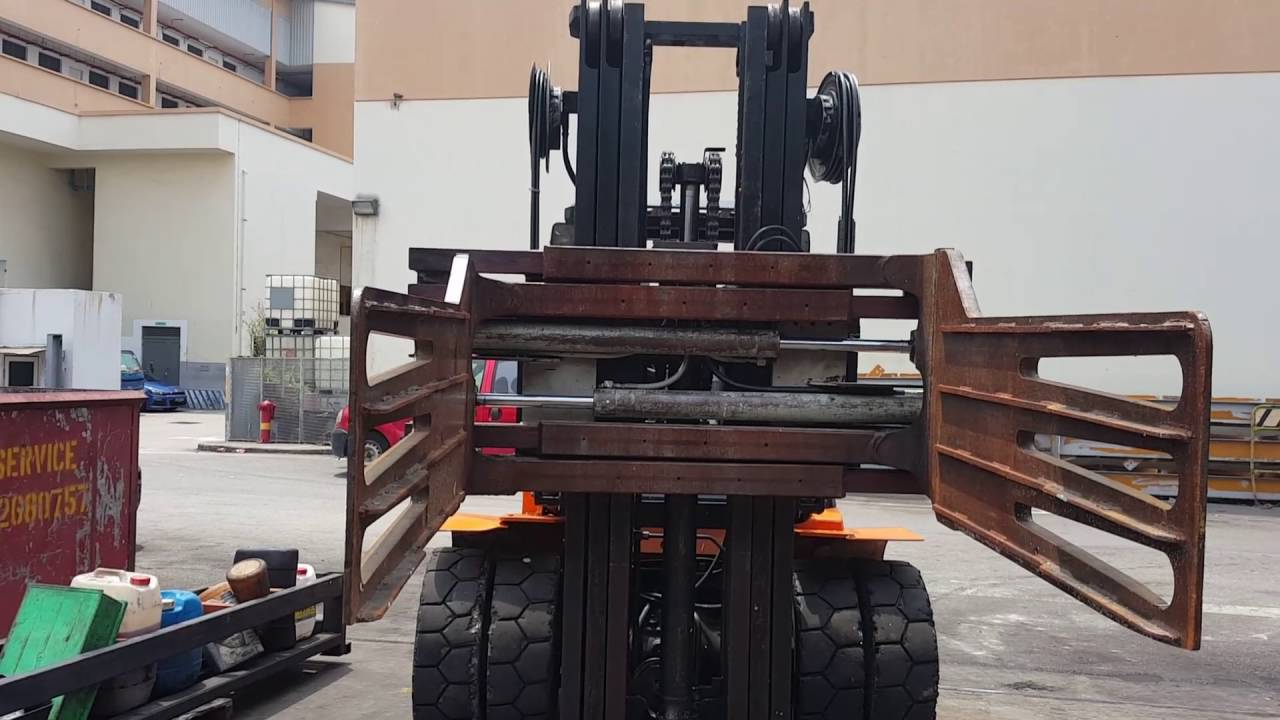 Toyota Forklift With Bale Clamp For Sales Rent In Singapore Youtube