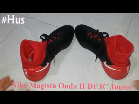 7c29e4908 Nike Magista Onda II DF IC Junior - YouTube