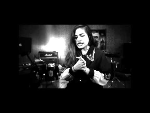 Neonomora - Too Young - Teaser - Klikklip