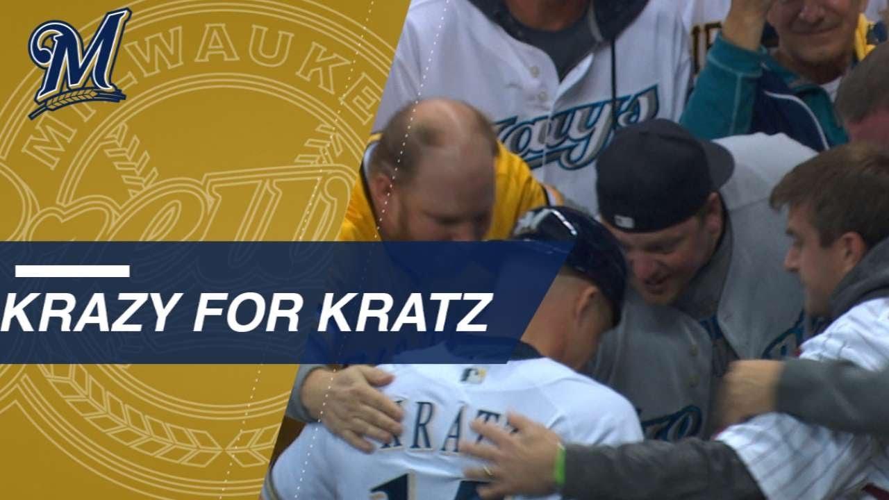 nlcs-gm6-kratz-hugs-fans-who-rock-his-past-jerseys
