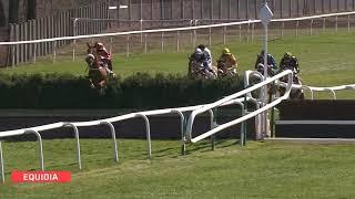 Vidéo de la course PMU PRIX COLONEL LAPADU-HARGUES
