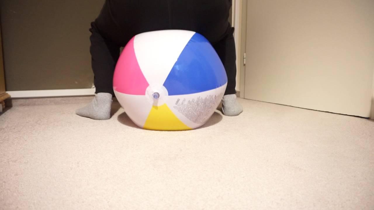 Beachball sit pop