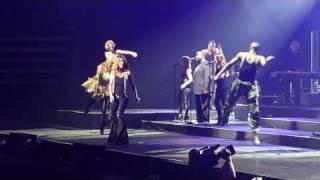 Celine Dion - I'm Alive (Live)
