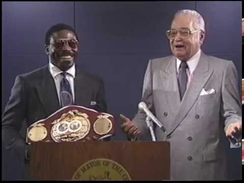 Mayor Coleman Young Press Conference with Lindell Holmes (1990)