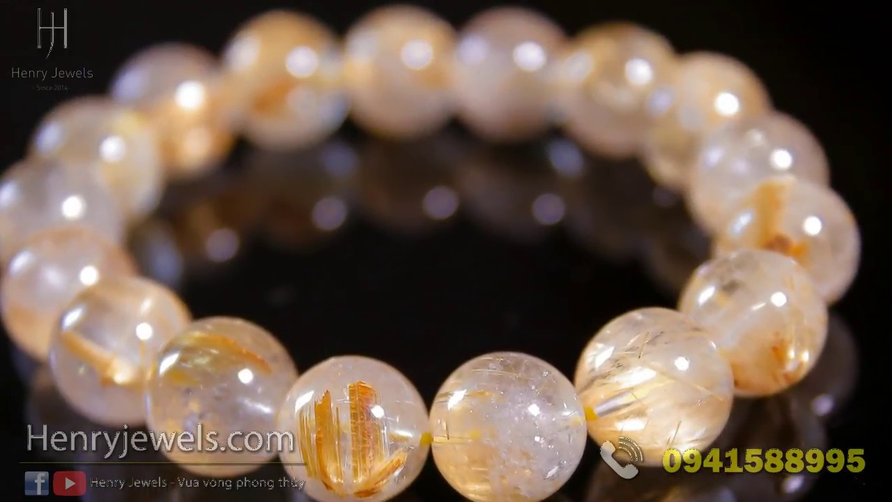 Bí quyết đeo vòng đá phong thủy Thạch Anh luôn sáng bóng bền đẹp.