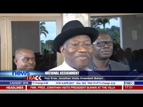 Fmr President Jonathan Meets With President Buhari At The Villa