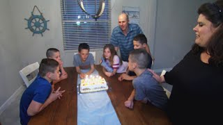 12-Year-Old Sextuplets' Dinner Time Ritual Revealed