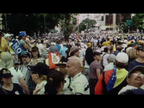 """Venezuela """"Apocalyptic Collapse"""" No Food And Crime Waves"""