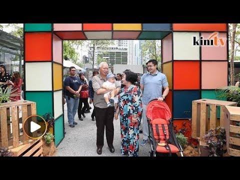 Najib bawa cucu bersiar sebelum bahang kempen PRU14 bermula