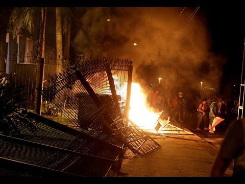Disturbios en Paraguay / Senado aprueba enmienda constitucional EN PARAGUAY