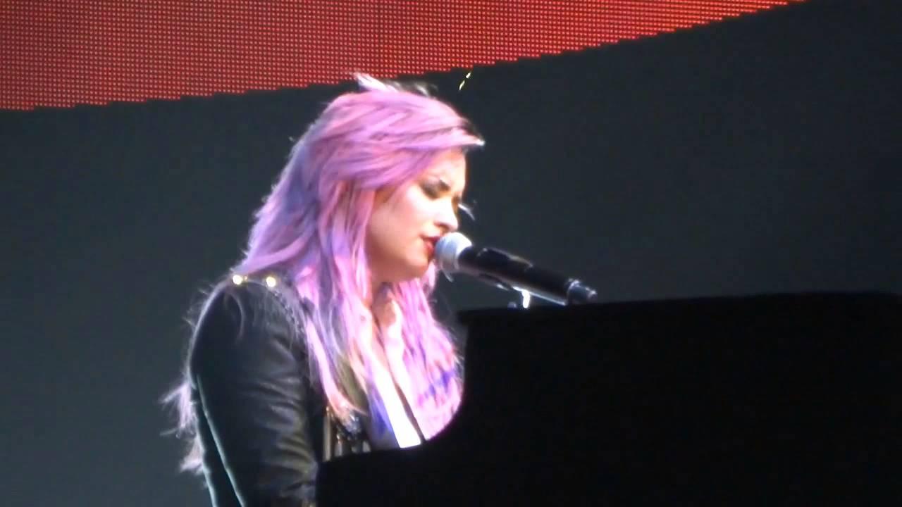 Download BEST Demi Lovato - Warrior - The Neon Lights Tour