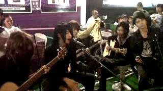 Kau Curi Lagi_JROCKS covered by JellyFish band Indonesia.avi