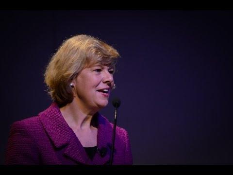 Tammy Baldwin: Women in Politics and Breaking Glass Ceilings