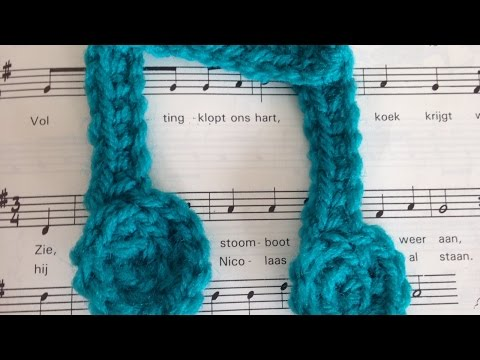 How To Crochet A Double Eighth Music Note Aplique - DIY Crafts Tutorial - Guidecentral