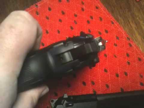 Beretta 92A1 versus M9 / 92FS
