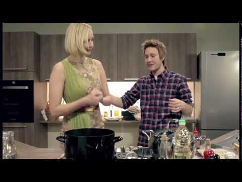 Klemen Slakonja as Jamie Oliver - Cooking with Anja Križnik Tomažin