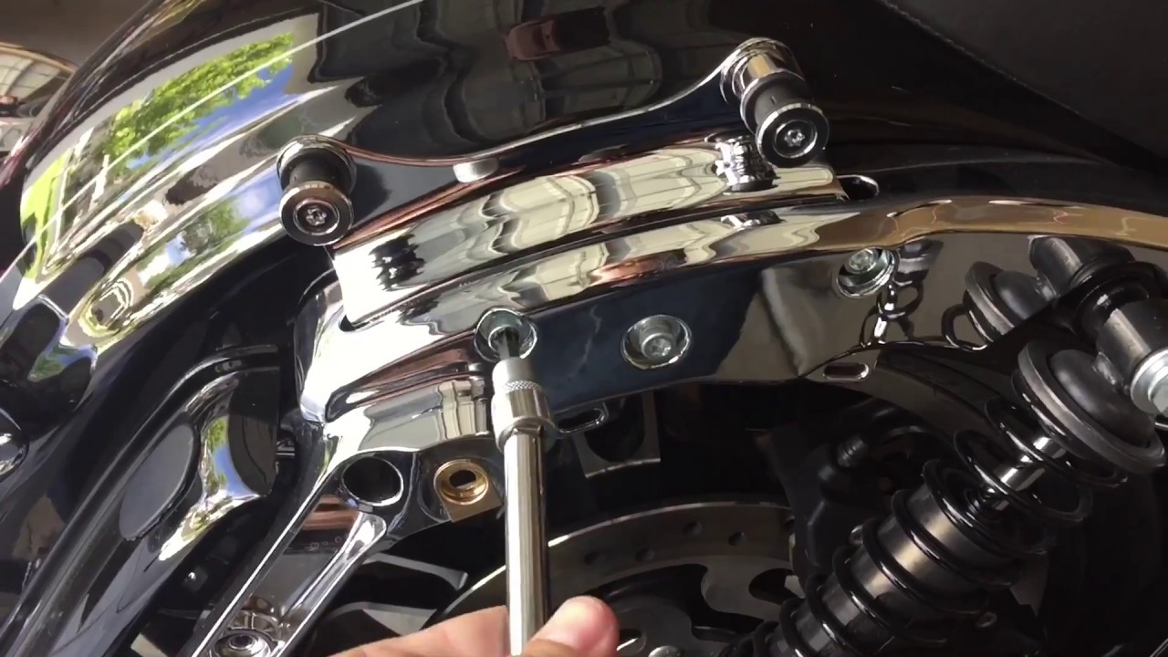Install Harley S Docking Hardware 2014 Touring Models